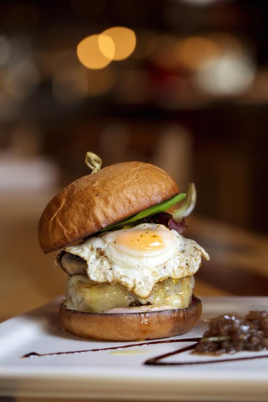 225 Restaurant IPO Wall Street Burger, Collin Richie Photo, 1.30.15