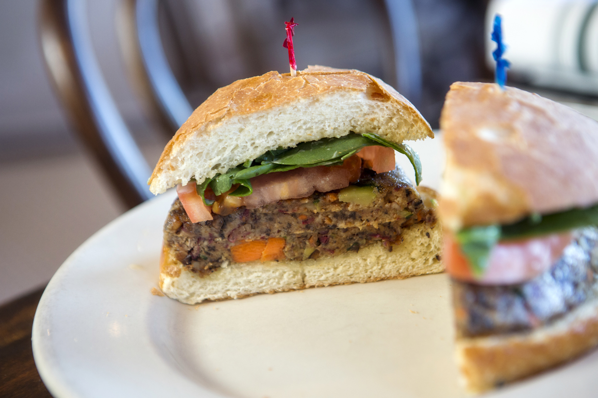 Bistro Byronz Veggie Burger