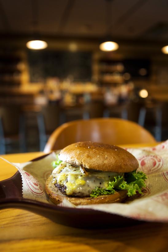 225 Burgersmith, turkey burger, Collin Richie Photo, 1/22/2015