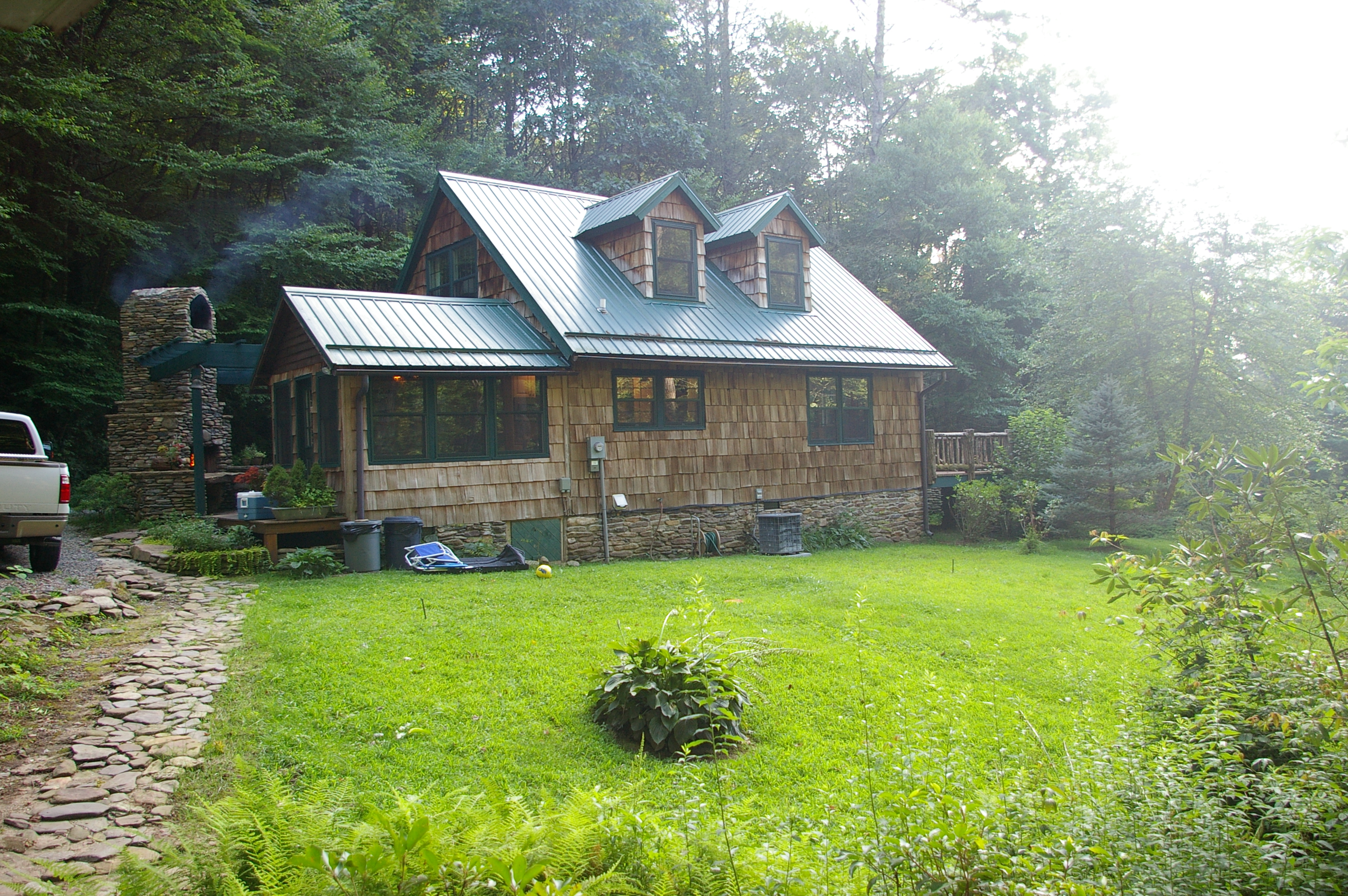 mile in near this located need cabins state ideally outdoor to adventures comfortable within one is for forest of look search home basecamp places brevard dupont a nc stay lodging results your no further wnc