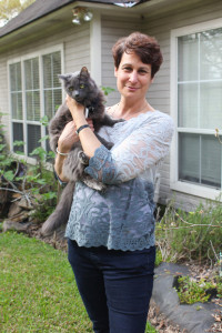 Sandra DiTusa, executive director of Spay Baton Rouge, received $20,000 from Gail Sheffield's estate to help prevent the uncontrolled breeding of community cats.